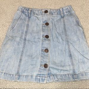 FOREVER 21 JEAN SKIRT BUTTON DOWN